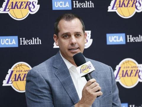 沃格尔:希望教练组能相互学习,负荷管理取决于医疗团队