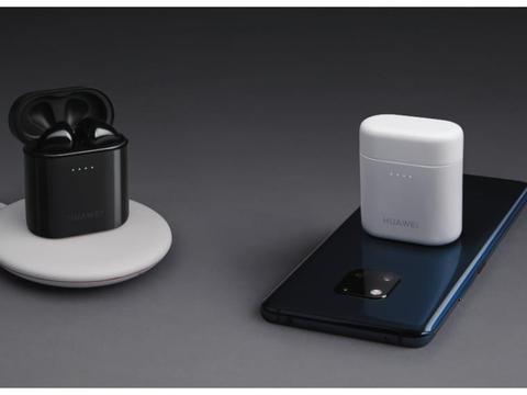 """罗永浩:小米反向充电技术,是在""""借鉴""""坚果手机!"""