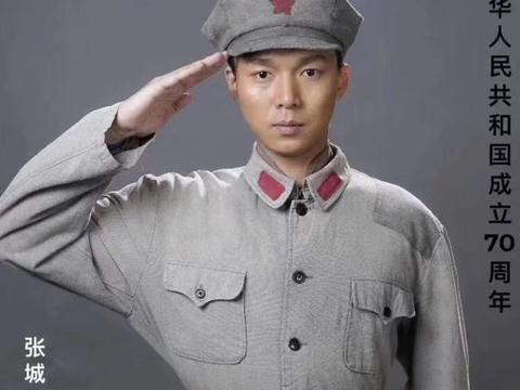 《伟大的转折》央视热播  张城硕饰演警卫班长胡昌保