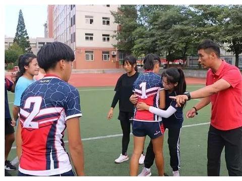 教育榜样 · 师之典范:蚌埠四中教师张伟