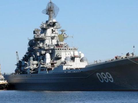 苏联基洛夫级巡洋舰:满载500枚导弹,情急之下可拦截弹道导弹