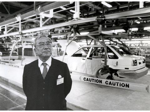 日本用雷克萨斯挑战泡沫经济,一个励志的汽车品牌发展史!