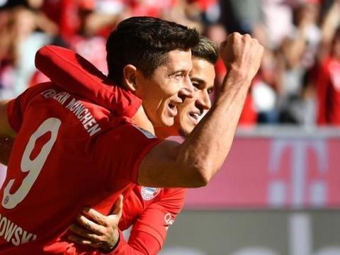 一骑绝尘!莱万5场9球助拜仁大胜升班马 库蒂尼奥传射+德甲首球