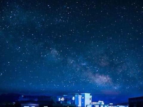 45亿年后,仙女星系和银河系相撞会发生什么?那时天空美到窒息