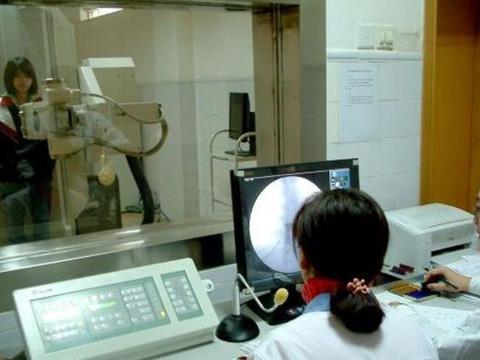 美女做超声波时,为什么医生会很尴尬?屏幕上究竟会显示什么?