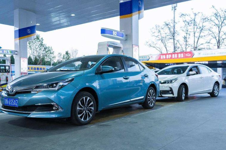 为何混动汽车不算新能源,很多车企还是不断更新?内行人说了实话