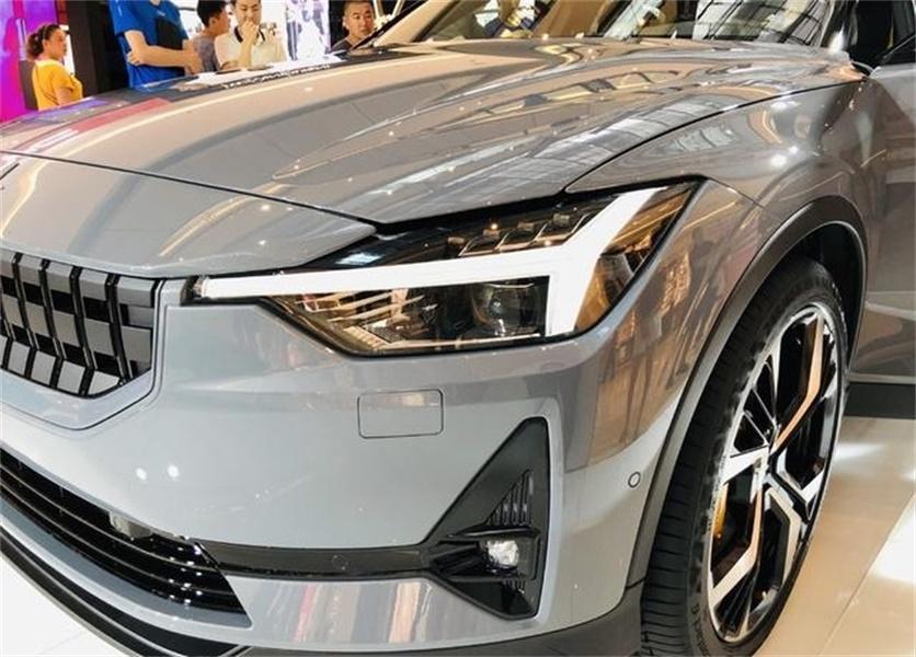 沃尔沃全新高性能纯电动四门轿跑实拍,驾驭科技与性能的极简美学