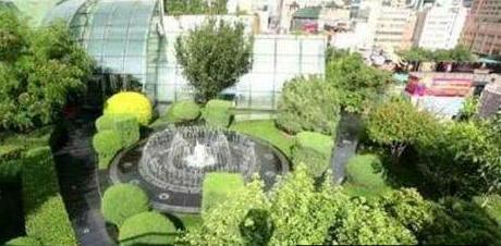 参观王艳在北京的豪宅,阳台能看到故宫,房子起码价值几亿