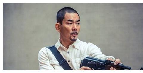 他25岁打劫,30岁越狱,32岁成贼王,女儿是清华学霸,后来怎样?