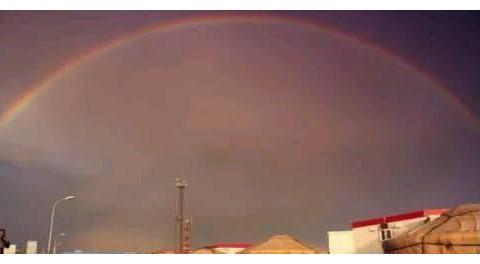 心理测试:选一道你最喜欢的彩虹,测出你爱的人能否和你走完一生
