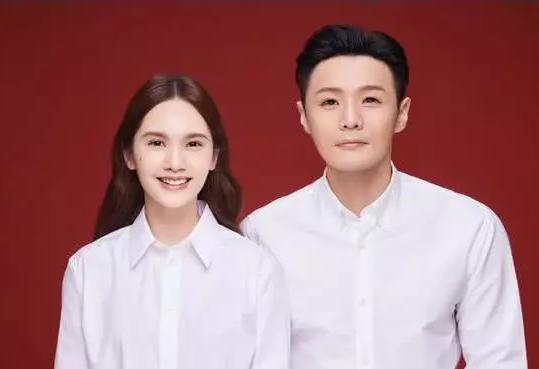 李荣浩结婚证被p图大神盯上,外星人咸蛋超人上线,最后一张超帅