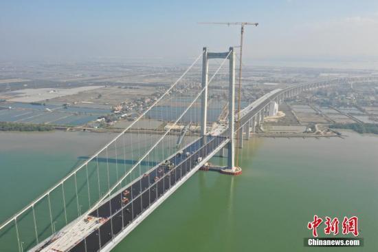 香港数码港主席:粤港澳大湾区建设是青年发展的黄金机会