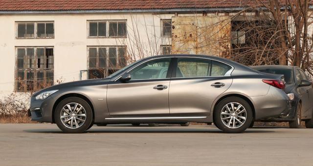真正懂享受的B级车,比奥迪A4舒适,配奔驰2.0T,价格十分亲民