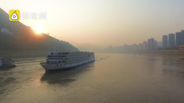 3亿的游轮长啥样?重庆造世界内河主尺度最大游轮,设施齐全