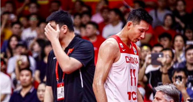 中国男篮获得奥运会落选赛资格,球迷呼吁易建联别去!你怎么看?