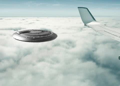 UFO探索:1952年泛美航空的空中UFO事件,为何轰动了整个世界?
