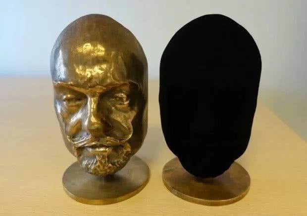 麻省理工学院科学家造出世界最黑材料,能吸收99.995%光线