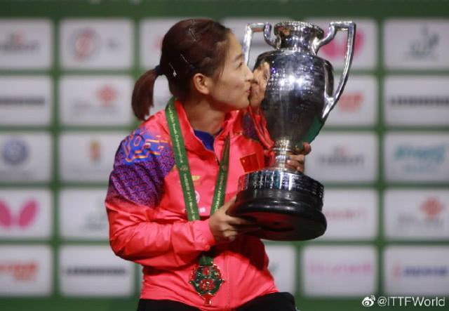 刘诗雯3-0日本平野美宇,世乒赛冠军霸气无敌,中国女乒成功卫冕