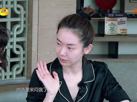 """李承铉首次给戚薇化妆,先把她化成""""尸体"""",再把她化成""""骷髅"""""""