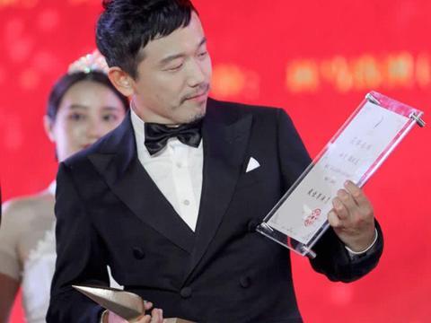 小品演员拍电影,潘斌龙获得最佳演员,小沈阳为何颗粒无收