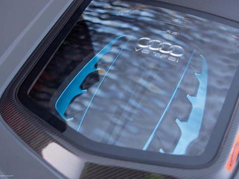 当Audi RS6遇上DTM宽体在南非也可以当心灵车手