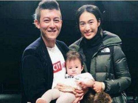 陈冠希复出在上海微电影发布会现场,这部电影是在讲述他自己吗