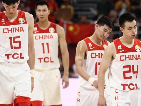 连续致命失误!中国男篮加时惜败波兰 阿联24分郭艾伦14分钟5犯