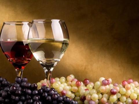 葡萄酒可以抗氧化 你知道背后的原因么?