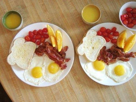 别再给孩子吃这早餐了,可能会伤害孩子的身体,家长不要大意了