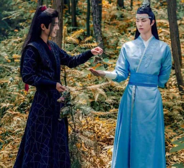 """王一博被指像吴世勋,""""博君一肖""""大粉销号,没想到遭殃的是肖战"""