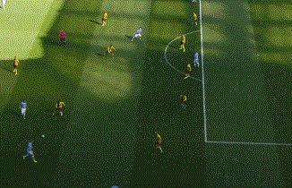 【英超】B席3球 阿圭罗传射 丁丁1球2助 曼城8比0胜