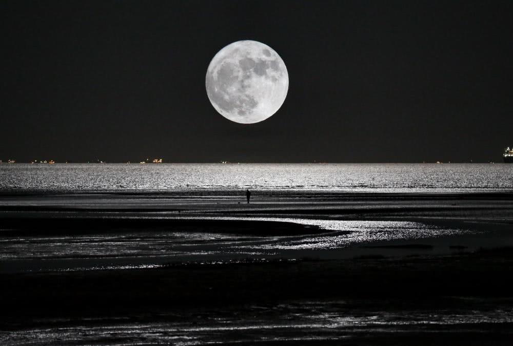 月球的存在对人类有多大的影响?