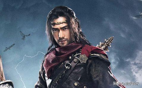 《全职高手》演员换古装,杨洋潇洒,赖雨濛唯美,而他太冷淡