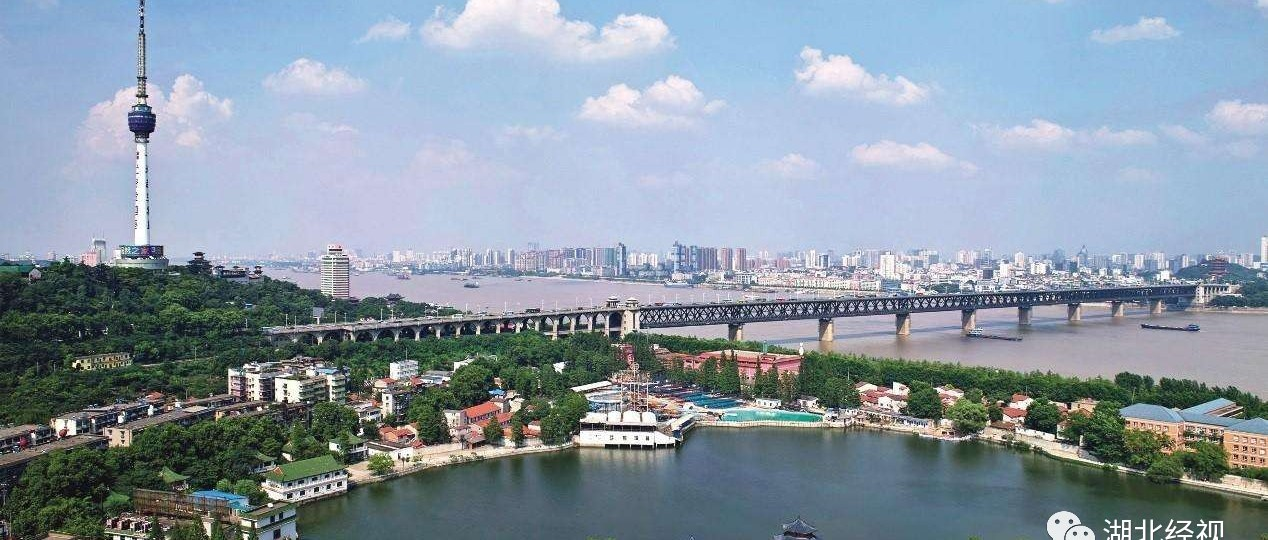 骄傲!武汉长江大桥被撞过70多次仍完好,全网服气!