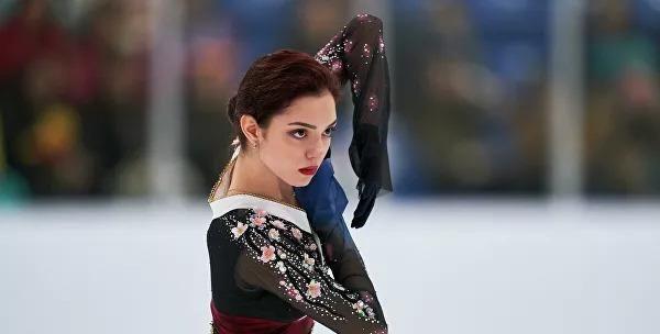 俄罗斯金牌教练看好梅德韦杰娃击败纪平梨花 称扎吉托娃状态最好