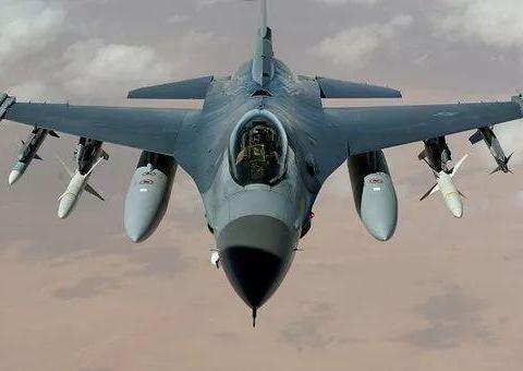 美国空军合并网络和情报机构
