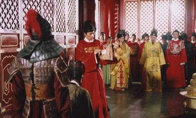 明末皇帝向亲戚们借钱,百姓捐出毕生积蓄,大臣为何一毛不拔?