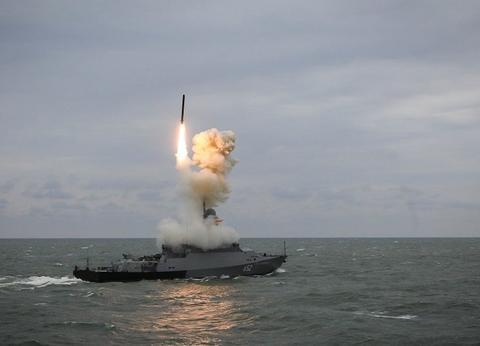 信息载入速度慢,实战暴露短板,微电子技术落后拖累俄军巡航导弹
