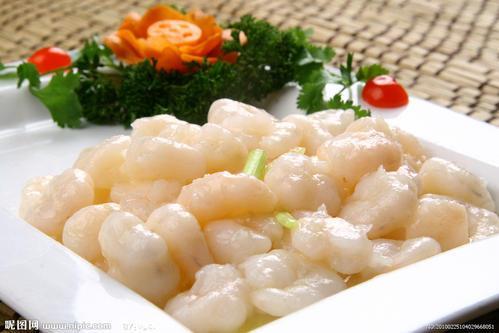 滑炒虾仁 --- 成菜色泽素雅,肉质滑爽脆嫩