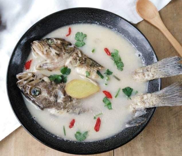 【育儿饮食促发育】炖鱼汤,记住这三点,汤汁鲜美补铁补钙