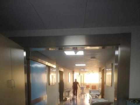 为了选定好时辰,产妇拒绝手术,肚里胎儿快窒息,靠摄像机救命