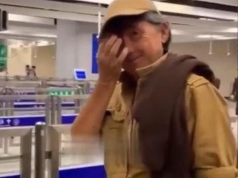 72岁殿堂级歌手林子祥罕露面,头发花白似普通老人,已被人遗忘?