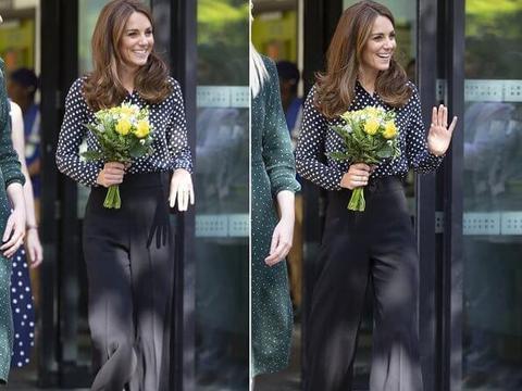 凯特王妃穿黑白波点衬衫,被赞优雅时髦,与伊万卡互为迷妹?