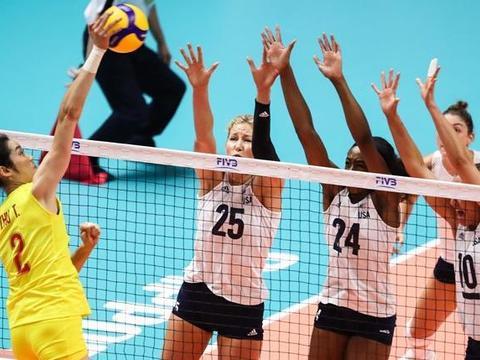 七连胜+第六场3-0!中国女排击溃美国,卫冕世界杯冠军还剩4场?