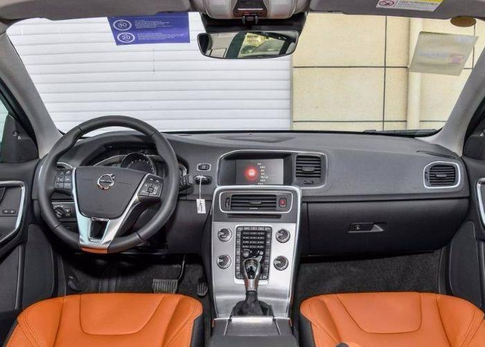 又一豪车卖不动了,如今降价超过5万,曾经与奥迪齐名