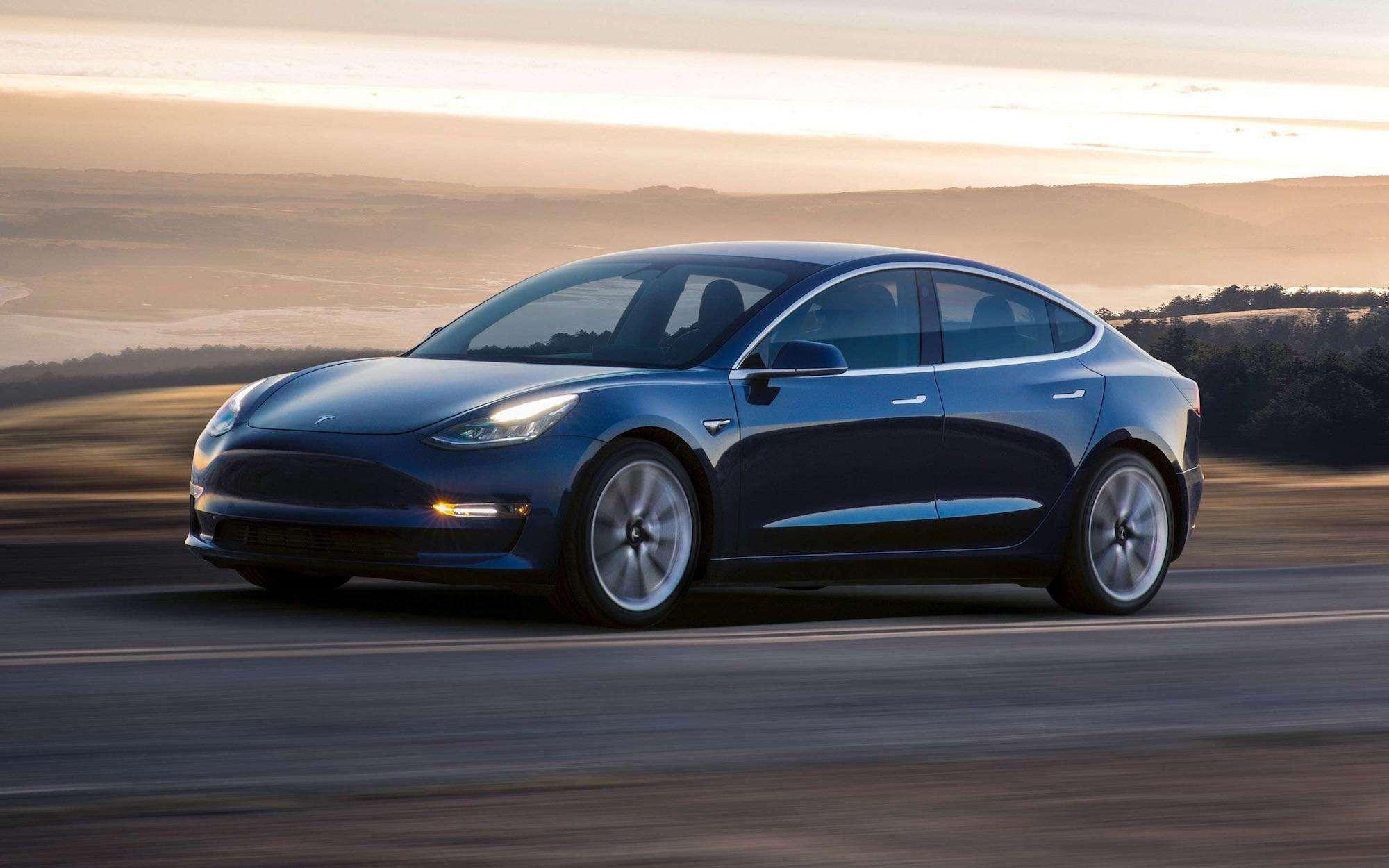 特斯拉Model 3成英国第三大最畅销车型 打破电动汽车纪录