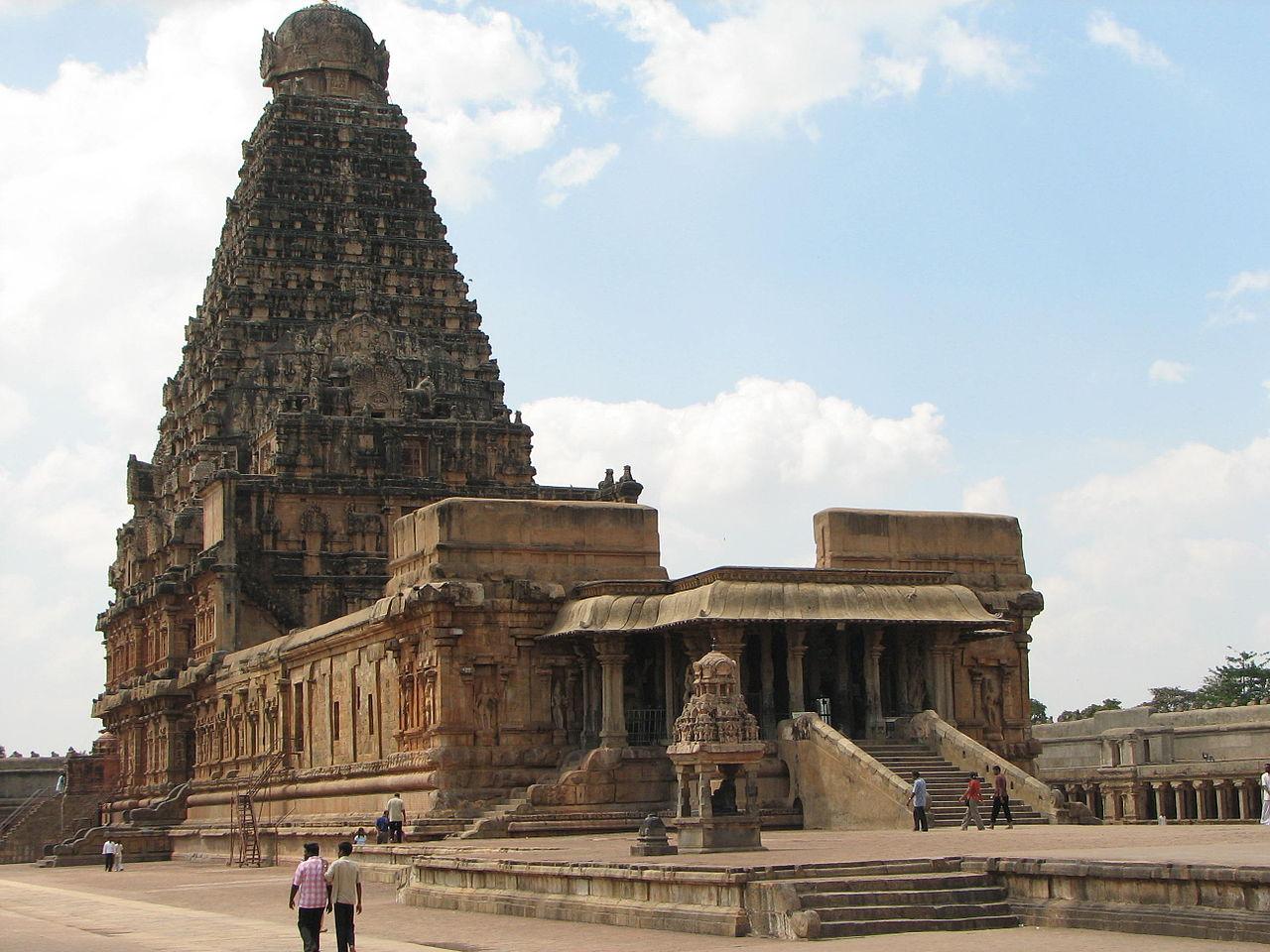 历经千年的古寺,却依然崭新,13万吨花岗岩建成