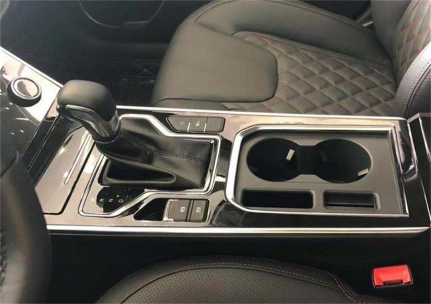 奇瑞艾瑞泽GX冠军版到店实拍,1.5L发动机,惊喜到没朋友!
