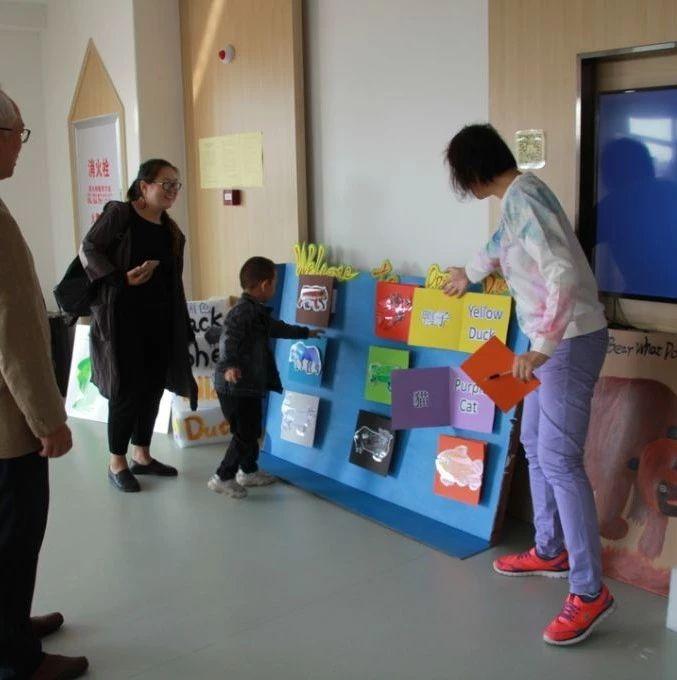 忻州实验双语幼儿园请来了外教,开放日家长点赞双语教学