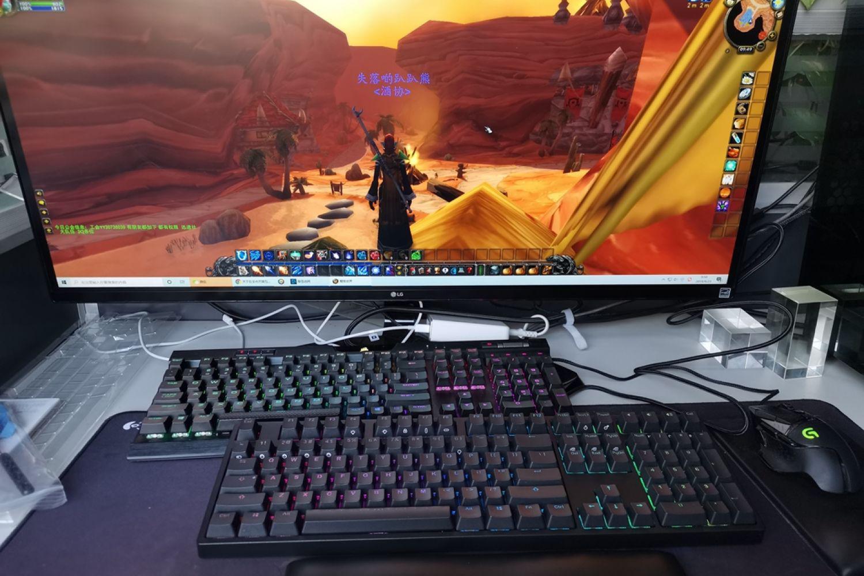 新浪众测的中秋节礼物,IKBC RGB机械键盘